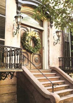 Welcome Home for the Holidays.big wreath on double doors on this Brownstone Double Door Wreaths, Double Entry Doors, Grand Entrance, Entrance Doors, Front Doors, Doorway, Beautiful Homes, Beautiful Places, Southern Christmas