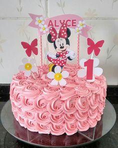 Torta Minnie rosetones básico Mini Mouse Cake, Minnie Mouse Birthday Cakes, Minnie Cake, Little Girl Birthday, Birthday Cake Girls, Cake Designs For Girl, Disney Cakes, Cake Decorating Techniques, Girl Cakes