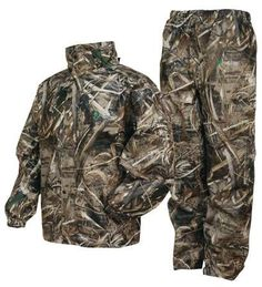 Frogg Toggs All Sports Camo Suit, Max 5 Camo, Realtree Max 5 Hunting Jackets, Hunting Clothes, Hunting Gear, Duck Hunting, Raincoats For Women, Jackets For Women, Camo Suit, Camo Men, Running In The Rain