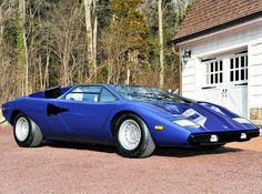Lamborghini Countach LP-400