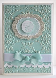 Gorgeous card using Vintage Wallpaper Embossing Folder
