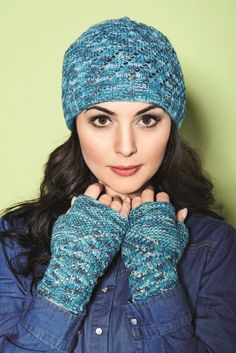 Vionette Lace Hat and Gloves - Free Knitting Pattern