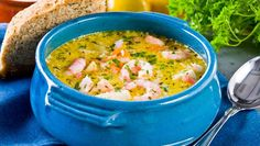 Krämig fisksoppa med räkor – recept | Allas Recept Fish Recipes, Soup Recipes, Vegetarian Recipes, Dinner Recipes, Cooking Recipes, Healthy Recipes, Good Food, Yummy Food, Swedish Recipes
