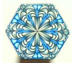 One of bigKERM's glorious kaleidoscope canes, by way of Parole de Pate.