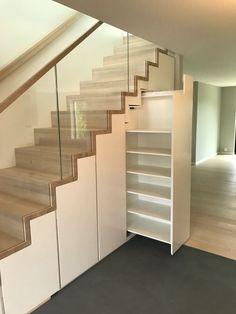 Home Stairs Design, Railing Design, Home Room Design, Modern House Design, Home Interior Design, Small House Design, Stairway Storage, Room Under Stairs, Modern Staircase
