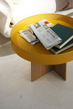 Net Side #Table by Patricia #Urquiola for Molteni & C / #yellow