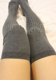 These+cozy+and+warm+socks+go+all+the+way+up+over+your+knee+for+a+cute,+more+innocent+look.+