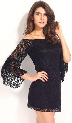VESTIDO NEGRO DE ENCAJE Y MANGA LARGA DE QUEEN LINGERIE. Vestido en color negro con encaje y mangas largas con hombros al descubierto. Talla única. #vestido #sexy #QueenLingerie