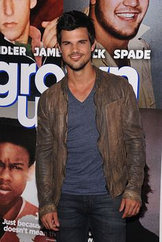 "Taylor Lautner's Latest Role? Replacing Andy Samberg In British Sitcom ""Cuckoo"""