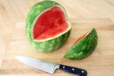 Watermelon Shark: 13 Steps (with Pictures) Fruit Basket Watermelon, Watermelon Slices, Natural Bowls, Fruit Creations, Fruit Plate, Fruit Trays, Fruit Art, Dessert Decoration, Decorations