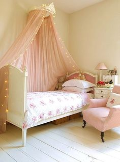 simple princess room little girl Fairy Bedroom in a Tiny Space on a Little Budget Cassiefairy - My . Deco Kids, Diy Zimmer, Shabby Chic Bedrooms, Trendy Bedroom, Tiny Girls Bedroom, Childs Bedroom, Bedroom Ideas For Small Rooms For Girls, Baby Girl Bedroom Ideas, Simple Girls Bedroom