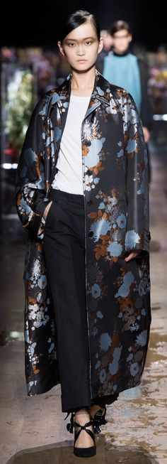 Dries Van Noten - Spring 2017 make brocade coat-taloned