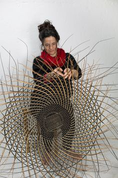 Ideas Basket Weaving Patterns Fiber Art For 2019 Flax Weaving, Willow Weaving, Weaving Art, Image Beautiful, Contemporary Baskets, Basket Weaving Patterns, Art Du Monde, Afrique Art, Basket Lighting
