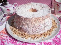 Angel Food Cake (Bizcocho de ángel) - Mis Dulces Joyas