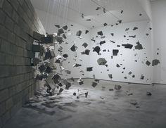 Vista da exposição  Handwork - Constructing the World, 2011  Museu d'Art Modern i Contemporani de Palma, Itália