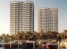 as part of the coconut grove development on the miami beachfront, OMA contributes two elongated and curving towers to house the park grove condos. Lush, Miami Architecture, Grove Park, Coconut Grove, Luxury Condo, Sense Of Place, Real Estate Development, Sunshine State, Location