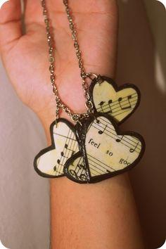 music heart necklace... http://ellenscreativepassage.blogspot.com/2012/02/heart-necklace.html