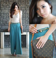 I can't get enough of long skirts! <3