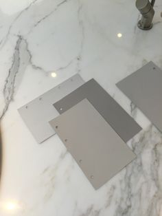 Little Greene Paint Colours in Greys for Kitchen Cabinets & Walls Walls French grey pale. Beach Color Palettes, Colour Pallete, Colour Schemes, French Grey Little Greene, Little Greene Paint, Interior Paint Colors For Living Room, Light Grey Walls, Gray Walls, Gray Island