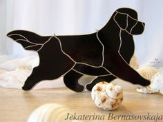 Staines glass Newfie in movement http://kolibriart.jimdo.com/english/dogs-cats/newfie-in-movement/