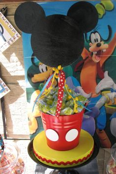 Mickey Mouse Party - Centerpiece Tissue paper instead of lemon heads