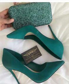 Foto green heels