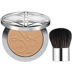 Nice and light Dior - Diorskin Nude Air Powder  in Medium Biege #sephora