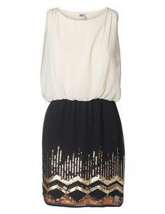 Vestido de la firma Vero Moda  Antes, 49,95 €; ahora, 24,99 €.