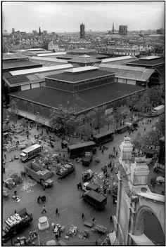 Henri Cartier-Bresson, Les Halles vues depuis l'église Saint-Eustache, Paris, France, 1968.
