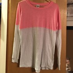 """PINK Long Sleeve Worn Twice. Willing to trade for another PINK Item same value. Feel free to offer. """"Over sized."""" Sorry about it being wrinkled, it's getting dry cleaned! PINK Victoria's Secret Tops Tees - Long Sleeve"""