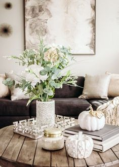 Coffee table fall decor Subtle neutral and glam Coffee Table Decor Living Room, Decorating Coffee Tables, Living Room Decor, Living Rooms, Modern Fall Decor, Fall Home Decor, Fall Apartment Decor, Neutral, Fall Table