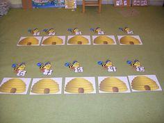 ΜΕΛΙΣΣΟΑΡΙΘΜΗΤΙΚΗ Bee Crafts, Kindergarten, Classroom, Decorations, Spring, Activities, Class Room, Dekoration, Kindergartens
