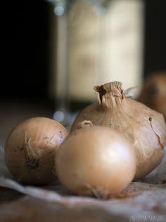 Vegetarischer Zwiebelkuchen vollkorn www.juliettaseasons.com