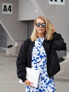LACK OF COLOUR - Blog / Printed dress outfit + mirrored sunglasses #bomber #lob