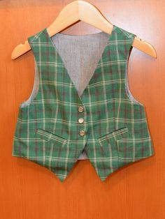 plaid art museum vest for christmas :: lizzieville