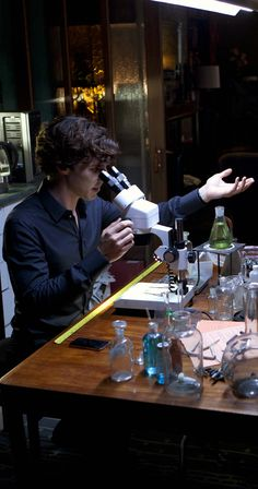 I love how there is no slide on the microscope tho. <-- I want a sample of Sherlock's blood on my petri dish ASAP because I swear he's genetically engineered to be superior.