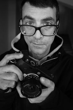 Fulvio –   A portrait of Fulvio one ony students at the Roma School of Photography and Cinema  Fulvio with my Leica M10 and the Leica Elmarit 21mm f2.8