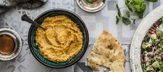 Hummus, Cornbread, Snacks, Ethnic Recipes, Food, Xmas Party, Public, Millet Bread, Appetizers