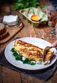 Omelette con cime di rape e crescenza
