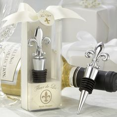 fleur de lis bottle stopper wedding favor exclusivelyweddings more wedding favors at