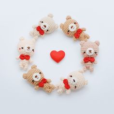 Free Pattern 'The Simply Bear Keychain'Happy Valentine's Day Everyone. I have something special for you… This is a simply bear amigurumi for the beginner, they so easy and lovely for your someone special… Let's start!!! 💞💞💞 • Material: 1. Cotton...
