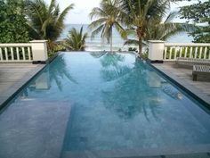 phuket trisara pool