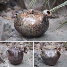 Mayake teapots by Konishi Yohei #ceramics #ceramic #pottery #teapot #kyusu #kyuusu #teatime #greentea #sencha #tea #japaneseceramics #japanesepottery #wabicha #wabipot #woodfired #柴烧 #柴燒 #tokoname