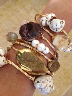 styling : layers of jewelry camera : close up of accessories Funky Jewelry, Wire Jewelry, Jewelery, Vintage Jewelry, Jewelry Accessories, Fashion Accessories, Jewelry Design, Fashion Jewelry, Handmade Jewelry