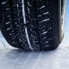 Winterreifenpflicht bei Dienstwagen  Steht die dunkle Jahreszeit bevor, ist es Zeit, den Wagen wintertauglich zu machen. Doch wer ist dafür zuständig, wenn es sich um einen Dienstwagen handelt?