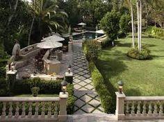 Holz Gartenbank Pflanzen Beleuchtung Betonmauer Boden | Haus | Pinterest |  Outdoors