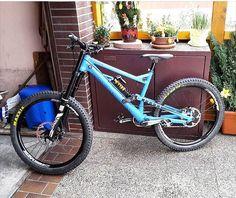 @dnl_sfr 's Canyon Torque frx 2013 . #mtb#bike#canyon#canecreek#doublebarrel#rockshox#hope#awesome