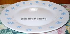 1 Corelle   Rare HTF  Blue Snowflake  Dinner by pittsburgh4pillows