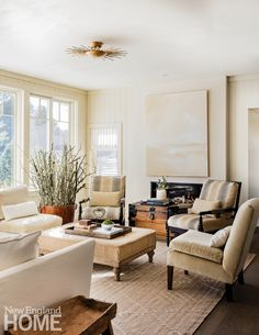 Neutral and Sophisticated home in Concord, Massachusetts Family Room