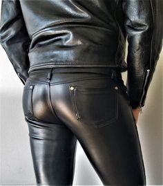 Mens Leather Pants, Tight Leather Pants, Leather Blazer, Black Leather, Leather Fashion, Mens Fashion, Fashion Outfits, Leder Outfits, Men In Uniform